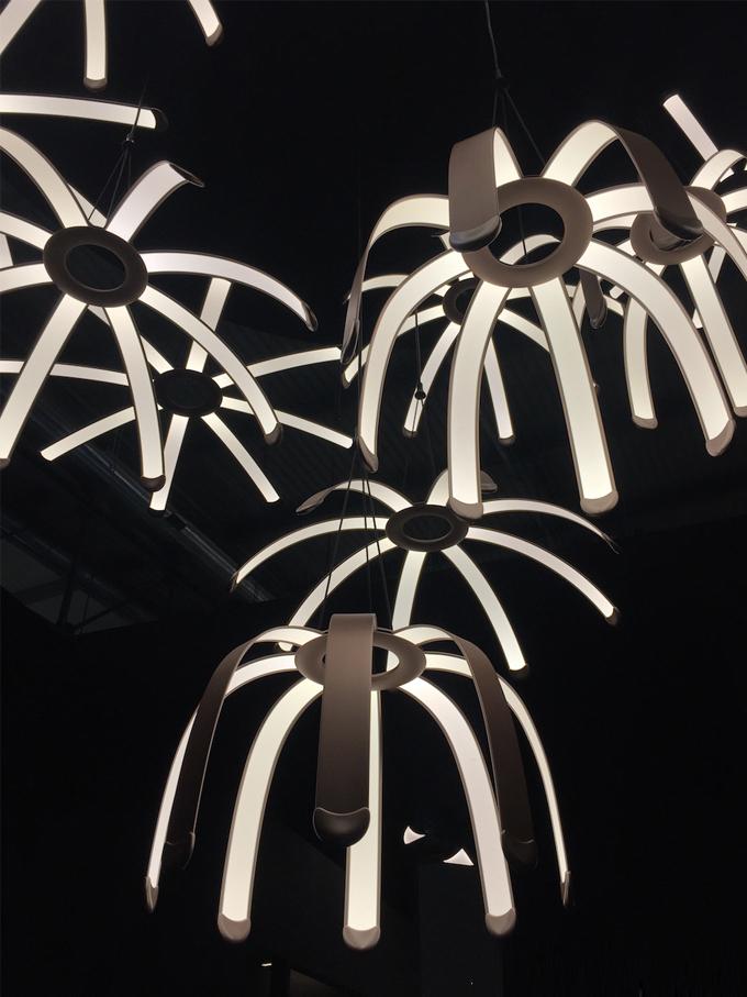 米兰设计周Day 2 |设计师说要有光,于是便有了光