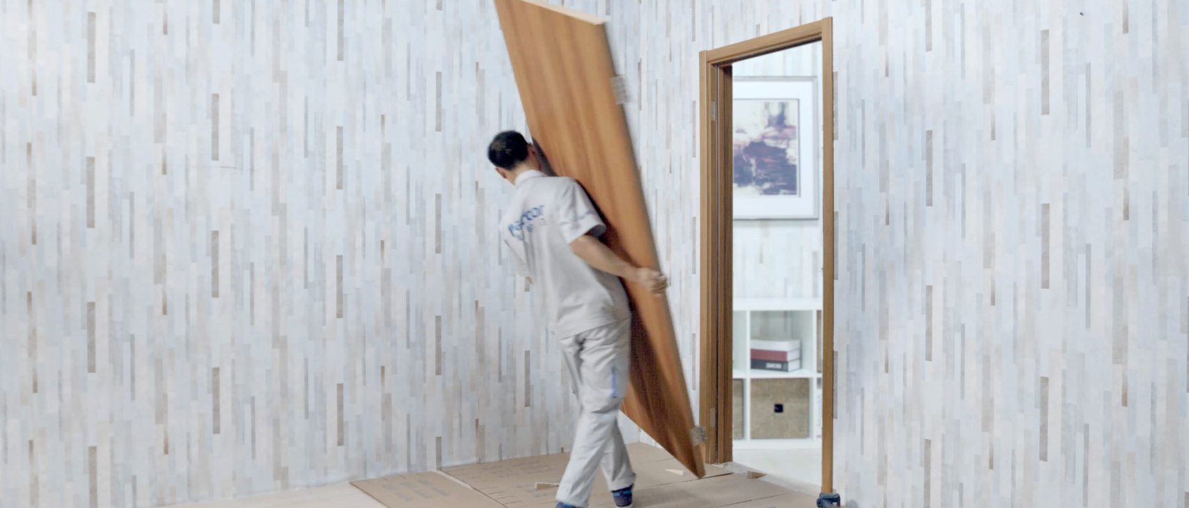派的门工程师傅安装平板门流程一览,安装竟如此简单!